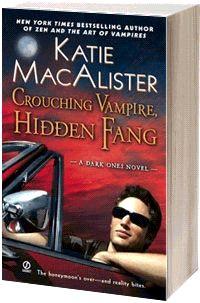 Изображение к книге Крадущийся вампир, затаившийся клык
