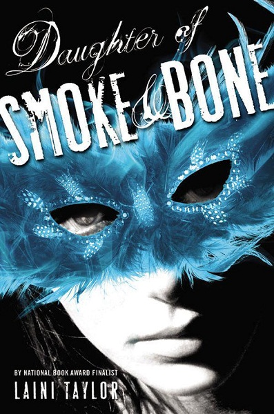 обложка книги Daughter of Smoke and Bone
