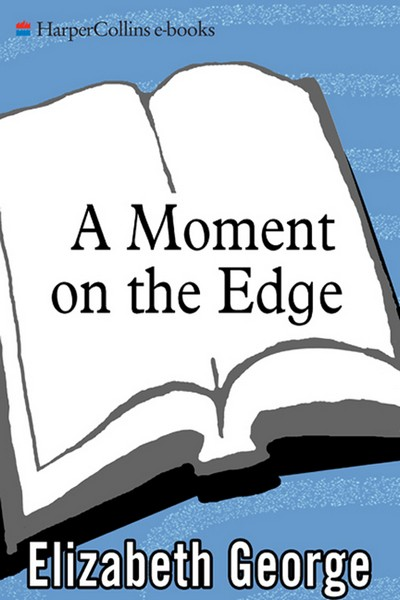 обложка книги A Moment On the Edge : 100 Years of Crime Stories By Women