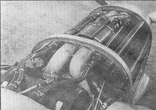 Изображение к книге Авиация и космонавтика 1998 05-06