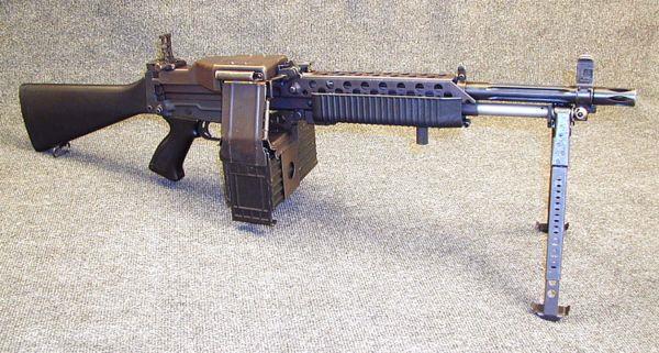 Ручной пулемет Stoner 63A